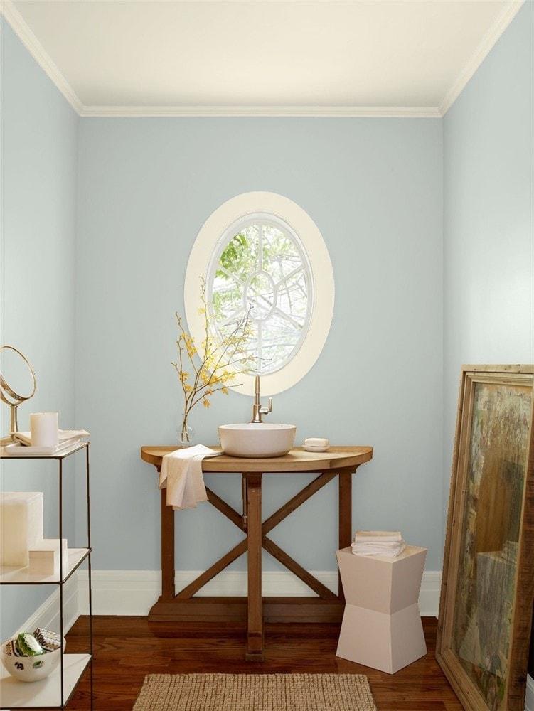 8 Bathroom in Arctic Gray by Benjamin Moore 1
