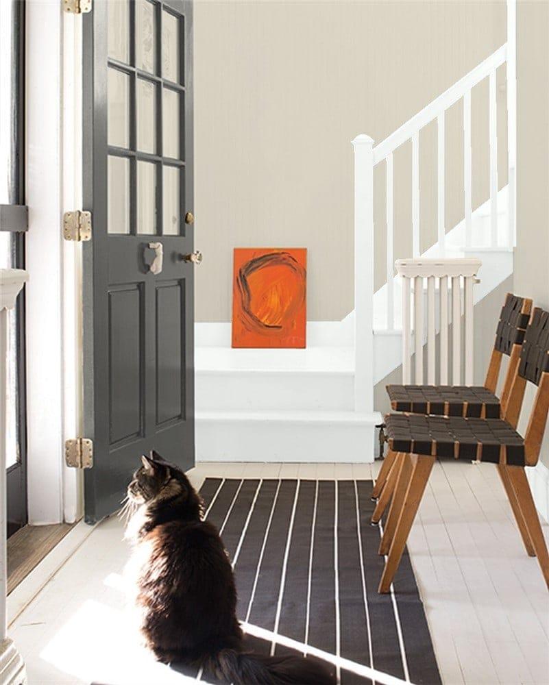 8 Entryway in Edgecomb Gray by Benjamin Moore
